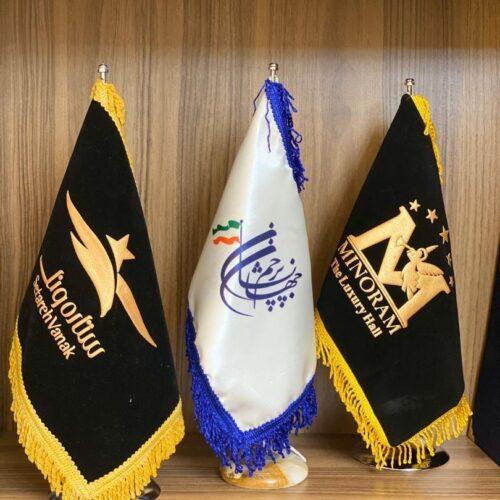 چاپ پرچم رومیزی فوری